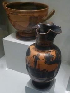 Enócoe ático, figuras negras, c. 525-500 a.e. Odiseo resistiendo el canto de las Sirenas. Altes Museum, Berlín.