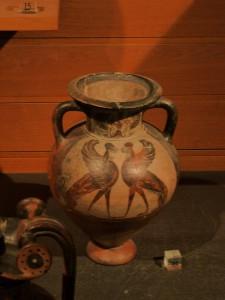 Ánfora esfinges enfrentadas. 530 a.e. Museo del Louvre, París.